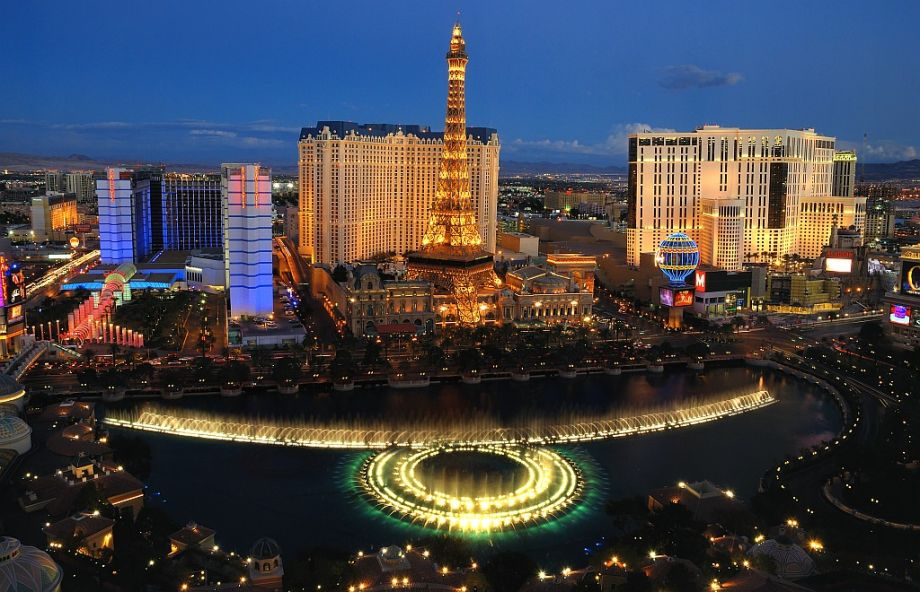 Игровые автоматы онлайн - мир современных азартных игр.Играть бесплатно и без регистрации в аппараты - одно из весомых преимуществ онлайн казино.